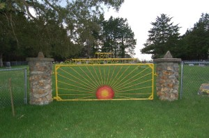 Johnson_Cemetery_gate
